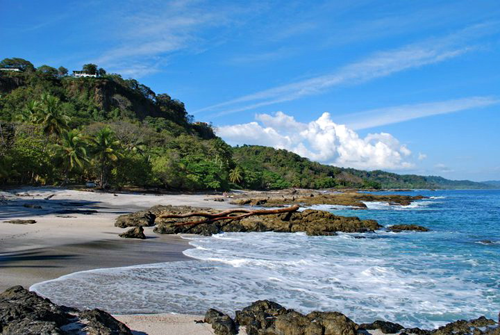 """Read more about the article TripAdvisor Names Beaches of Costa Rica """"Best in Central America"""""""
